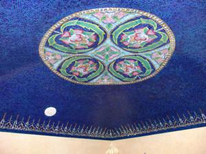 Шести направляющий купол в хамам -мозаичная картина с элементами декора.