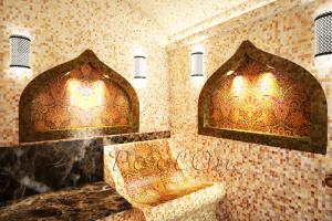 Картина из мозаики в Хамам.Ниша.