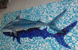 Акула с тенью -Мозаичное панно.